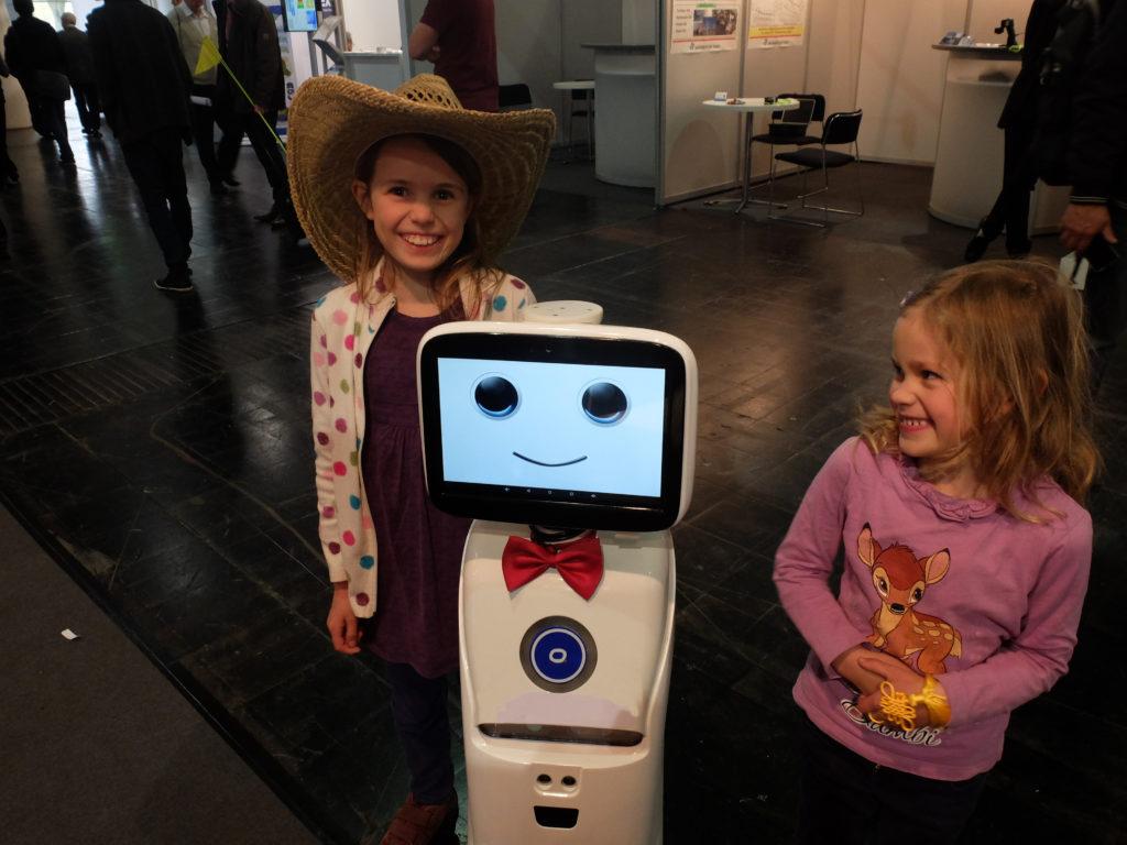 Intelligent telepresence Healthcare Robot - SIFROBOT-1.1 With 1000 m² Navigation Area  Telepresence Robot with children