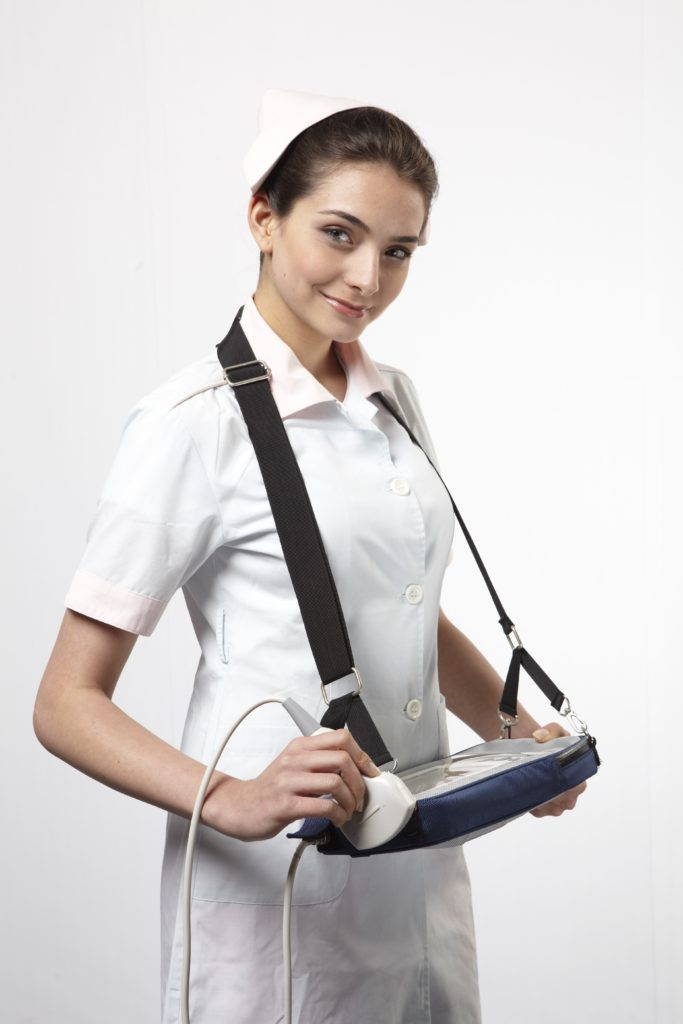 High Resolution 7 Inch Screen Ultrasound Scanner SIFULTRAS-5.16 Nurse Holding