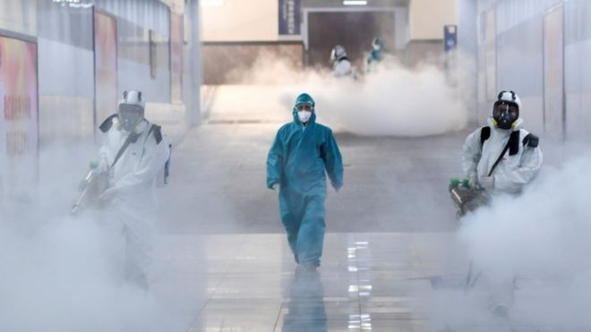 Dry fogging to sterilize contaminated areas